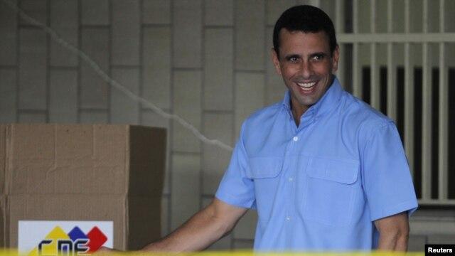 Henrique Capriles sigue dominando en el estado Miranda, pero la oposición cedió terreno frente al chavismo.