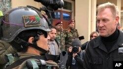 Penjabat Menteri Pertahanan Amerika, Pat Shanahan, di Camp Commando, Afghanistan, 11 Februari 2019.