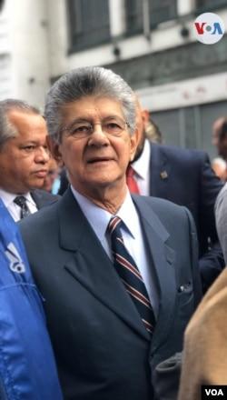 Henry Ramos Allup, ketua partai Aksi Demokrasi, partai tertua di Venezuela. (Foto: dok).
