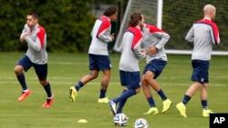 Đội tuyển Mỹ tập luyện ở Sao Paulo, Brazil.