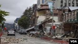 Un hombre que vivía en una pensión para jubilados falleció como consecuencia del sismo.