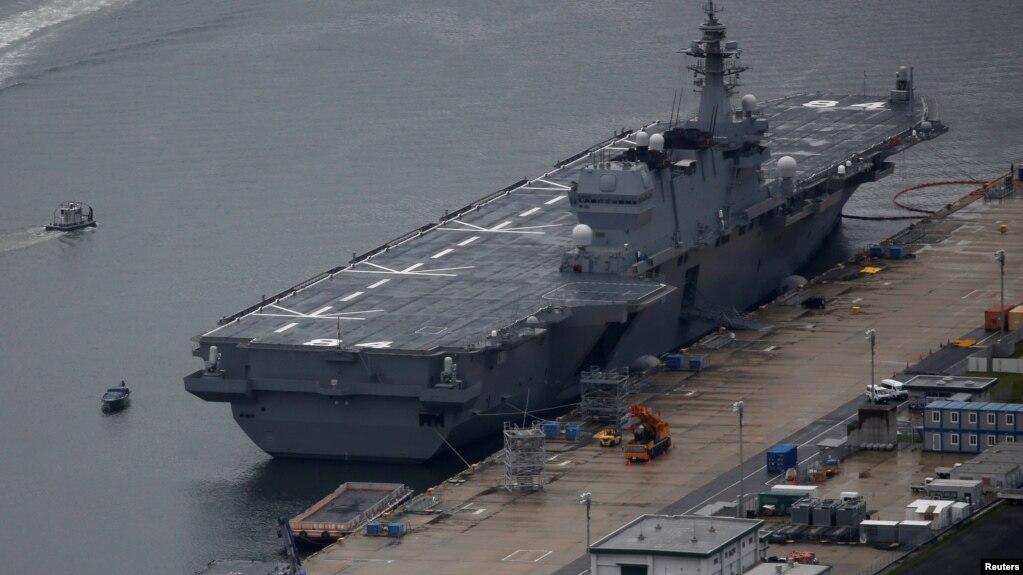 """日本海上自衛隊的最新直升機航母""""加賀號"""" - 資料"""