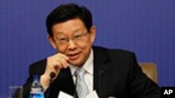 وزیر خارجۀ چین حین کنفرانس مطبوعاتی در بیجنگ کانگرس ایالات متحده را انتقاد کرد.