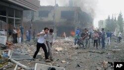 Hiện trường 1 vụ nổ ở Reyhanli, Thổ Nhĩ Kỳ, gần biên giới với Syria, 11/5/2013