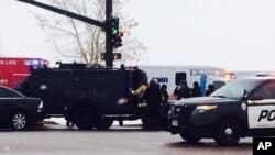美国中部科罗拉多州的一家公共医疗设施枪袭现场