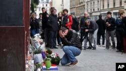 El gobierno francés declara tres días de duelo nacional.