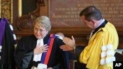 Madame Michele Bachelet ni we muyobozi w'ishami rya ONU ryita ku burenganzira bwa muntu.