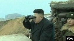 朝鲜领导人金正恩视察前沿阵地