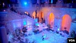 Ледовое шоу в фойе Библиотеки Конгресса