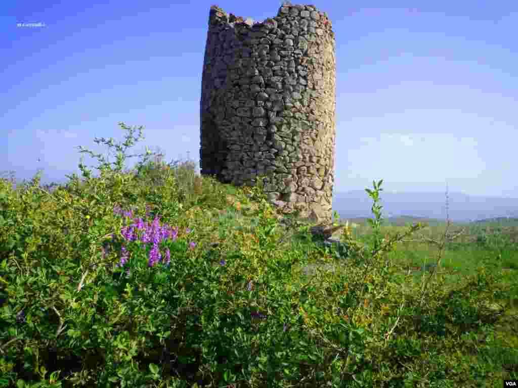 برج تاریخی اُمام - املش در گیلان عکس: محمدتقی صیادی اُمام (ارسالی از شما)