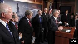 Los republicanos en el Senado no permitieron avanzar con las audiencias de los nominados de la Casa Blanca.