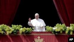 El papa Francisco durante su discurso del Domingo de Pascua en el Vaticano, el domingo, 1 de abril, de 2018.