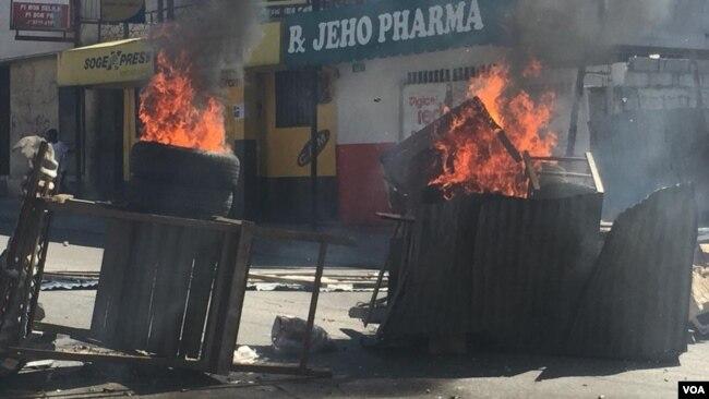 Enfrentamientos entre los manifestantes y la policía han dejado víctimas mortales.