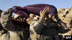 Qonun shu paytgacha nima deyishidan qat'iy nazar, Iroq, Afg'onistonda ayollar frontning faol qatnashchilariga aylanib bo'lgan