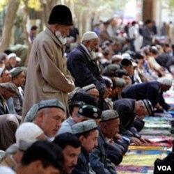 Pemerintah AS mengecam kekerasan terhadap etnis minoritas di Tiongkok termasuk etnis muslim Uighur dan Tibet.