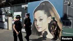 Ariana Grande ha demandado a la cadena de ropa Forever 21 por usar su imagen en campañas publicitarias.