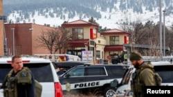 美国科罗拉多州博尔德市(Boulder)一个超市2021年3月22日发生枪击事件10人丧生(路透社)