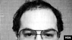 Jonathan Pollard, mata-mata Israel, menjalani hukuman seumur hidup di penjara Amerika.