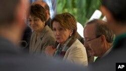 Pelosi na konferenciji za novinare u Havani, 19. februara