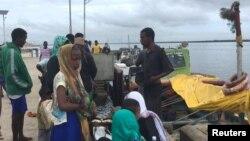 Pessoas impedidas de sair de Lamu depois de ataque do al-Shabab a uma base militar. 5 de Janeiro 2020