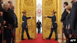 Володимир Путін перед складанням інавгураційної присяги