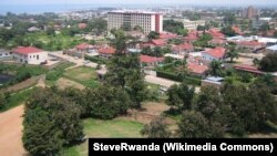 La ville de Bujumbura, capitale du Burundi (archives 2006) SteveRwanda (Wikipedia Commons)