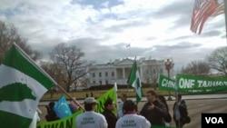 白宫前的抗议人群