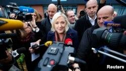Marin Le Pen, liderka stranke Nacionalni front posle glasanja, 13. decembar 2015.