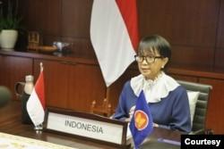 Menteri Luar Negeri Retno Marsudi menghadiri pertemuan tingkat menteri ASEAN yang dilangsungkan secara virtual, Kamis 10 September 2020. (Courtesy foto : Kemlu RI. )