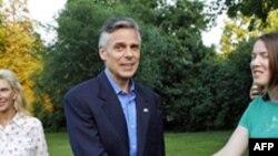 Xhon Hantsmën shpall kandidaturën për zgjedhjet presidenciale 2012