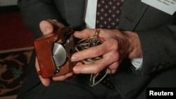 La toute première souris de l'inventeur Douglas Engelbart