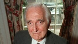 An April 9, 1997 photo of Doug Engelbart, inventor of the computer mouse and winner of the half-million dollar 1997 Lemelson-MIT prize, posing with the computer mouse he designed, in New York.