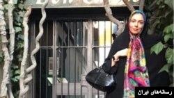 آزاده نامداری مجری تلویزیون دولتی ایران - آرشیو