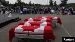 پاکستانی نژاد خاندان کی نماز جنازہ ہفتے کو اونٹاریو کے اسلامک سینٹر میں ادا کی گئی۔