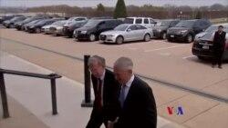 美國國防部長與新任國安顧問會面