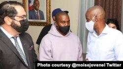 Shugaban Kasar Haiti Jovenel Moise, tare da Kenye West.