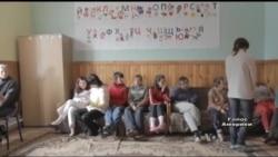 Розслідування: що роблять в українських сиротинцях з дітьми-інвалідами? Відео