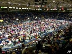 هزاران نفر از شهروندان ایالت فلوریدا به پناهگاهها رفتند.