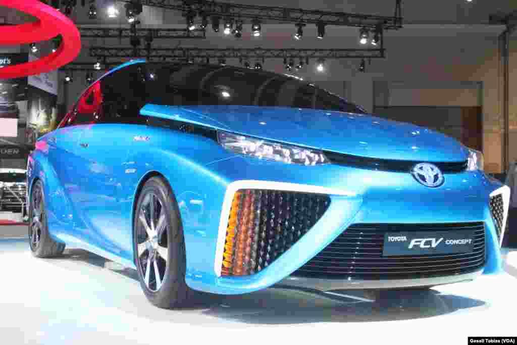 Este vehiculo de Totoyota es una de las propuestas que la compañía espera lanzar al mercado en los próximos años. Podría ser una evolución de su popular Corolla.
