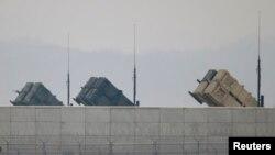 지난 5일 한국 오산의 미 공군 기지 외곽에서 촬영한 미 육군 소속 패트리어트 지대공 요격 미사일.