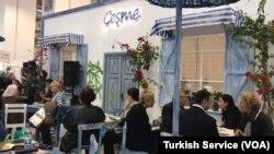 Türkiye'nin en önemli turizm buluşmalarından biri olan Travel Turkey İzmir Fuarı başladı.