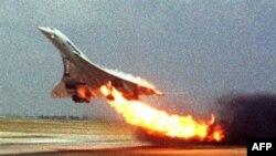 Tai nạn máy bay siêu thanh Concorde năm 2000 làm 109 người trên máy bay và 4 người trên mặt đất thiệt mạng