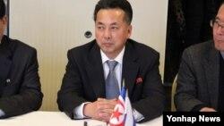 지난 2월 리용남 북한 무역상이 러시아 모스크바를 방문해 러-북 '비즈니스 협의회' 1차 회의에 참석했다. (자료사진)