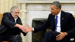 El presidente de Uruguay, José Mujica, junto a Barack Obama en la Casa Blanca en mayo pasado.