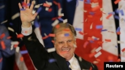 民主黨人瓊斯贏得了阿拉巴馬州的特別選舉。
