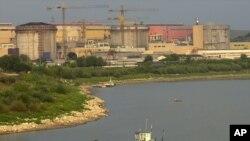 资料照:罗马尼亚首都布加勒斯特东南方向150公里处的切尔纳沃德核电站。( 2003年8月25日)