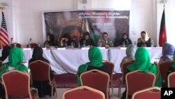 بررسی وضعیت زنان در افغانستان طی ده سال گذشته