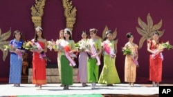 Ten contestants, aged 15 to 22, competed in the event, which was open to Cambodian-Americans, and drew a large crowd to help bring in the Year of the Rabbit.