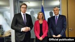 Premijer Srbije Aleksandar Vučić, visoka predstavnica EU Federika Mogerini i predsednik Kosova Hašim Tači, Sofija, Bugarska, 16. maj 2018.