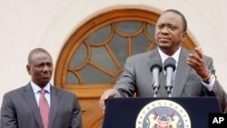Tổng thống Kenya Uhuru Kenyatta phát biểu trước báo giới hôm 21/7/2015 về chuyến thăm sắp tới của tổng thống Barack Obama.